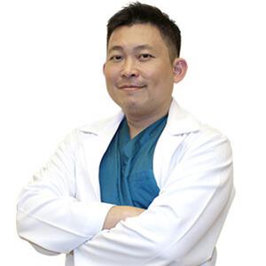 黃挺達醫師